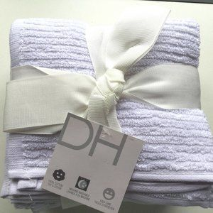 Set 8 White Cotton Wash Cloths DH- Great as add on